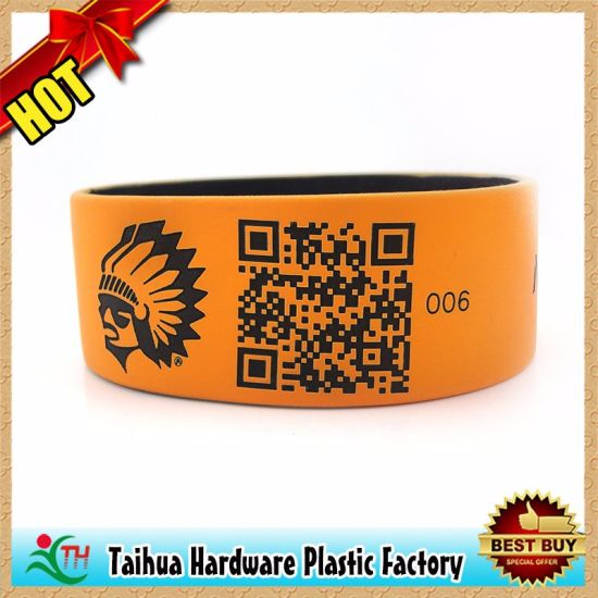 Cartoon Kid Silicone Wristband with Thb-032 pictures & photos