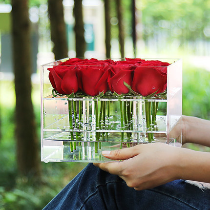 2017 New Style Acrylic Transparent Rose Box