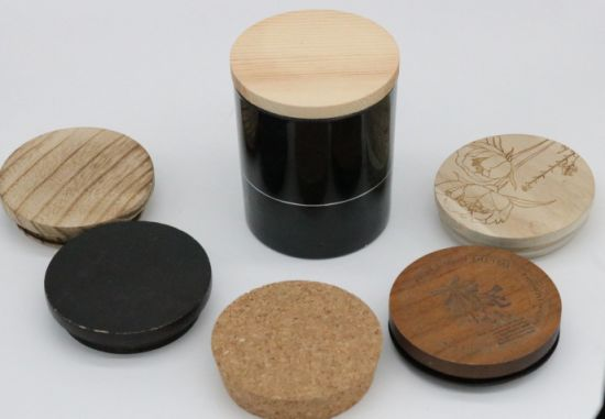 Fragrance Scented Black Color Sprayed Glass Jar Candle with Wooden Lid pictures & photos