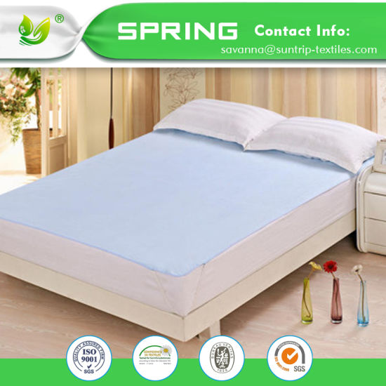 China Waterproof Mattress Protector King Size Soft Quiet Cover