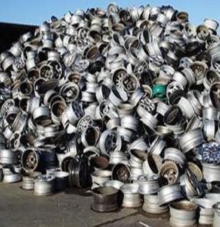 Car Wheel Scrap and Good Price for It pictures & photos