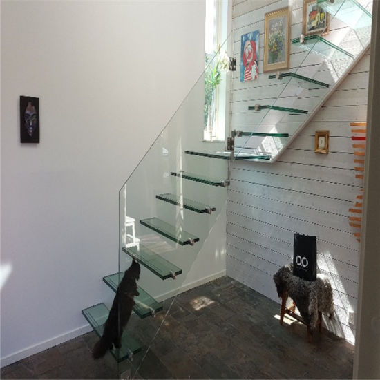 Customized Clear Glass Steps Indoor Floating Staircase