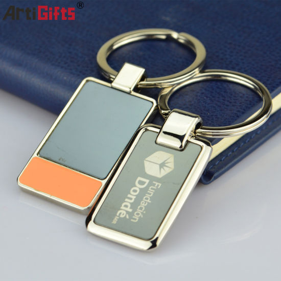 Metal Keychain with Water Inside pictures & photos