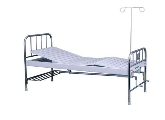 Two Cranks Manual Hospital Bed (SK-MB122) pictures & photos