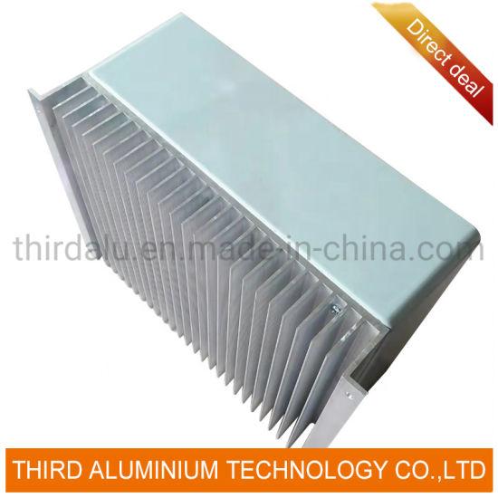 New Plastic Tank Aluminum Core Brazed Engine Cooling Radiator for Car 1405002103
