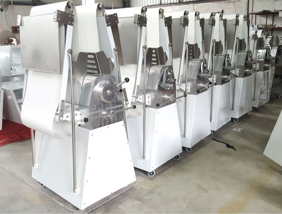Bread Bakery for Sale Bakery Dough Sheeter Machine Industrial Roller Sheeter pictures & photos