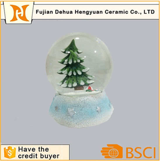 Christmas In Evergreen Snow Globe.Christmas Tree Inside Polyresin Snow Globe For Christmas