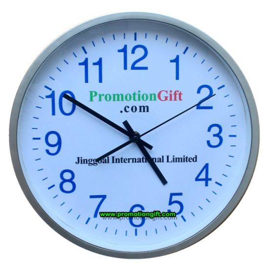 Promotional 12 Inch 30cm Plastic Decorative Silent Quartz Wall Clock pictures & photos