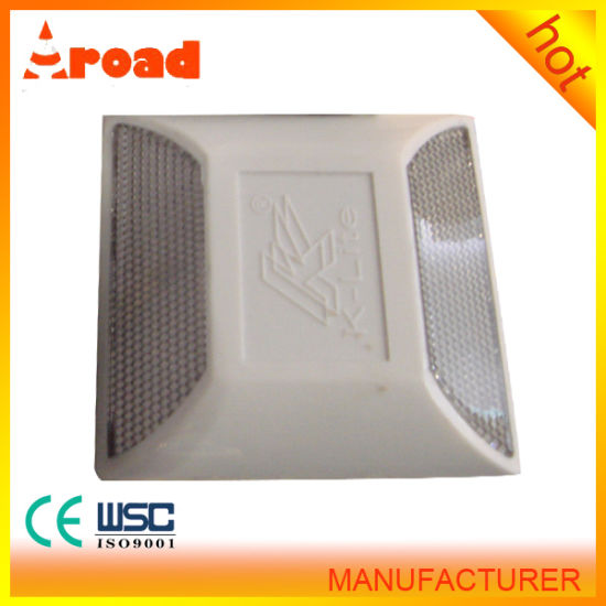 Traffic Facility Plastic Road Stud with Short Delivery pictures & photos