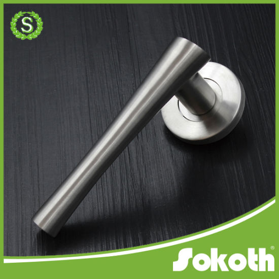 Stainless Steel Door Handle with Spot pictures & photos