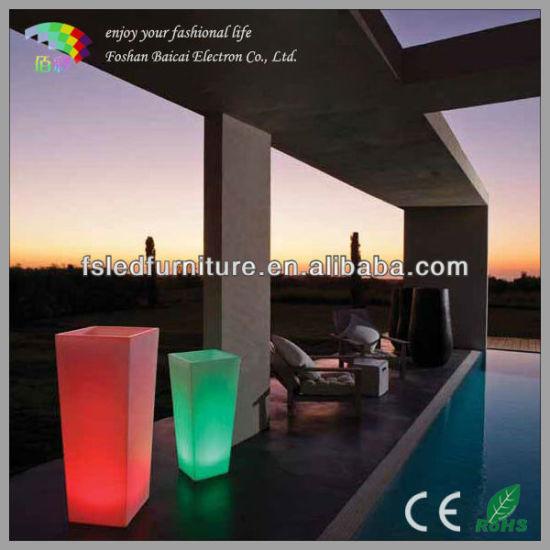 Outdoor Solar LED Light Flower Pots for Garden Decorative