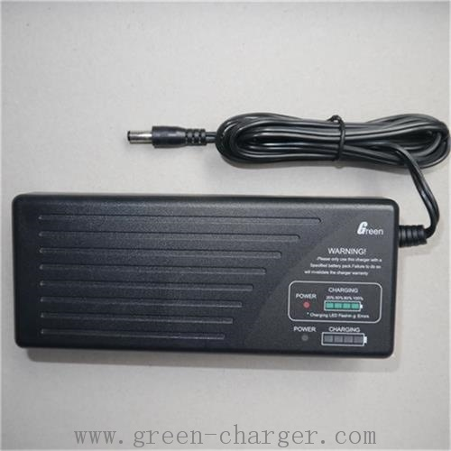 29.4V 2.8A Li-ion Smart Battery Charger pictures & photos