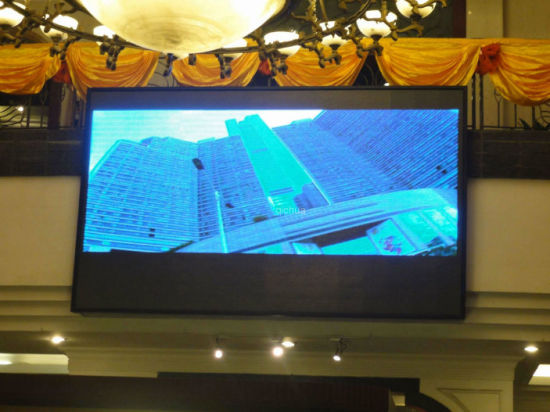 Indoor Full Color SMD Advertising P6 LED Display Screen pictures & photos