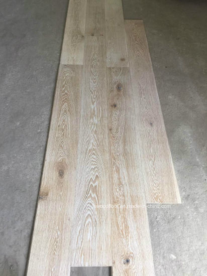 European White Oak Limed Wirebrushed UV Lacquered Timber Flooring pictures & photos