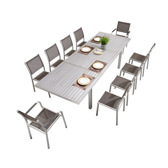 Outdoor Furniture Garden Furniture Sets with an Extendable Table and Chair