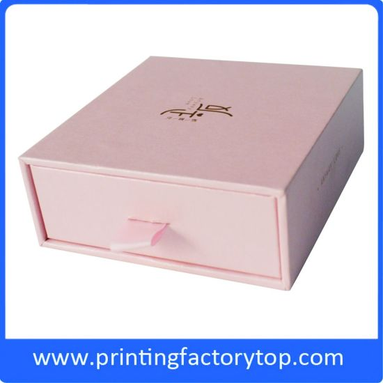 Cheap Customized Wholesale Gift Paper Box Packing Box Printing pictures & photos
