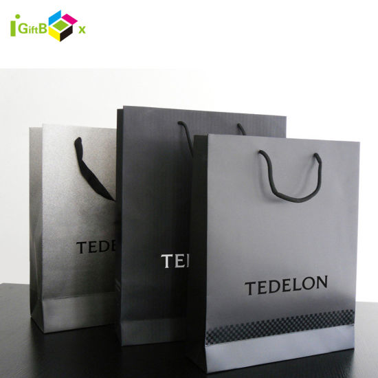 Custom Design Luxury Matt Black Customized Logo Printed Tote Carrier Paper Kraft Shopping Gift Packaging Paper Bag with Rope Handle for Cosmetic/ Clothing/ Gift