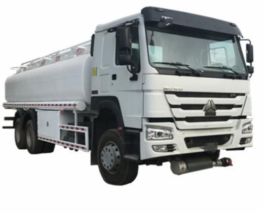 Sinotruk HOWO 20000 Liters 6000 Gallon Diesel Oil Transporter Capacity Fuel Tank Truck