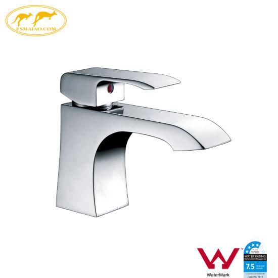 Watermark Bathroom Supply Square Brass Basin Tap Sanitary Ware (HD5001)