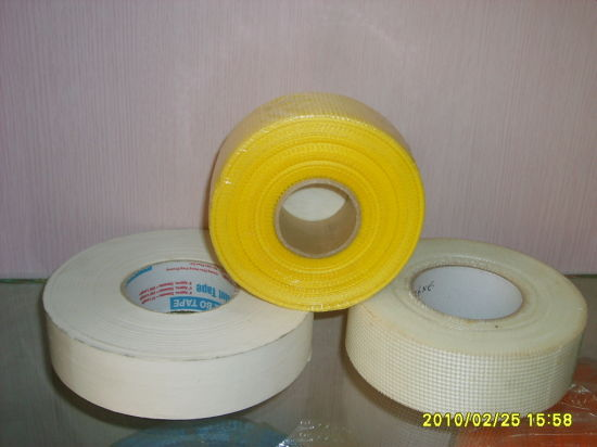 8*8/ Low Price/Hot Sale Drywall Joint Fiberglass Mesh Tape for Cracks pictures & photos