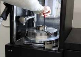 Surface Grinding Machine with Automatic pictures & photos