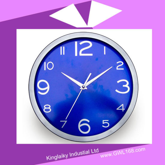 Holiday Gift Wall Clock for Promotion PC-007 pictures & photos