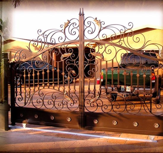 Auto Swing Hand Forged Wrought Iron Driveway Gates pictures & photos
