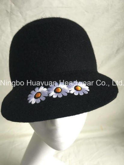 100% Wool Felt Winter Style Black Color Daisy Embroidery Emb Baseball Cap Equestrian Cap
