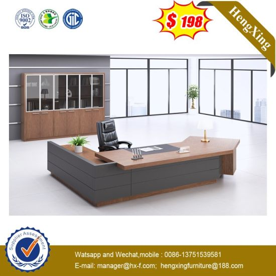 Big Working Space Office Workstation Wooden Chinese Furniture Executive Table pictures & photos