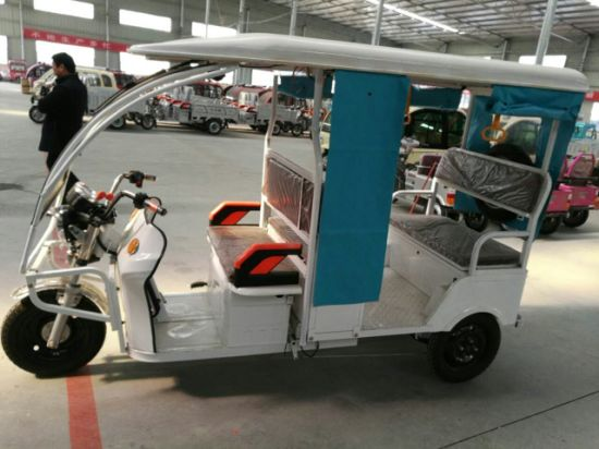 Three Wheel Passagers Electric Tricycle pictures & photos