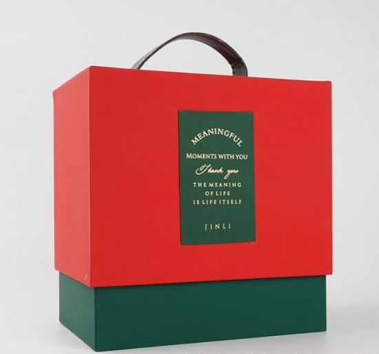 2021 Hot Sales Custom Printed Luxury Wedding/Wine/Candy Packaging Gift Boxes with Handle