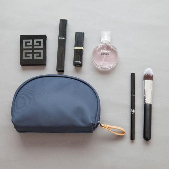 8576f61cf0bf Small Capacity Travel Cosmetic Make up Bag portable Makeup Bag Purse Pouch  Zipper Main Brand Beautician