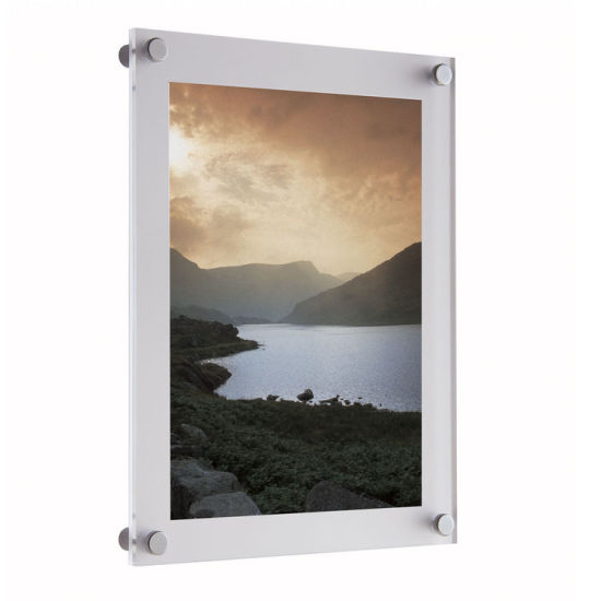 Customized High-Quality Wall-Mounted Display Stand Acrylic Photo Picture Album pictures & photos