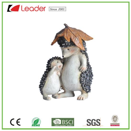 Popular Resin Hedgehog Figurines for Outdoor Decoration