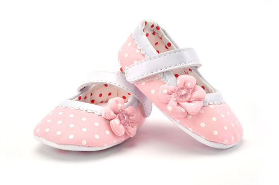 Wholesale Flower Design Single Laces Soft Soles Shoes Indoor Toddler Baby Shoes pictures & photos