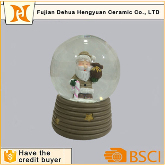 Resin Santa Clause Snow Globe Tourist Souvenir Resin Snow Ball