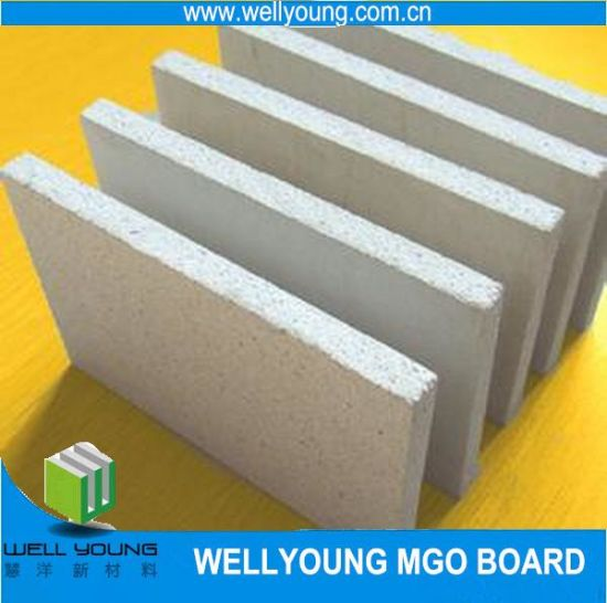 Light Weight MGO Board for Lining Board Building Materials pictures & photos