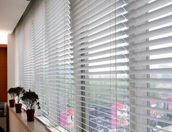 Manual Venetian Customized Wooden Roller Blinds