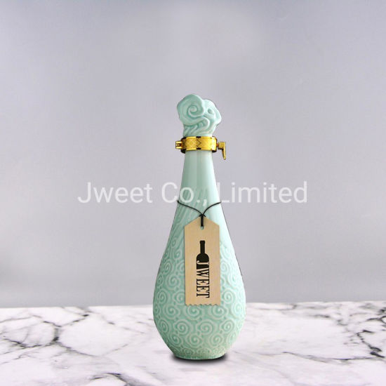 Wholesale Round Engraving 700ml Sake Ceramic Bottle