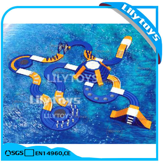 2017 Hot PVC Quality Inflatable Floating Water Park for Sea