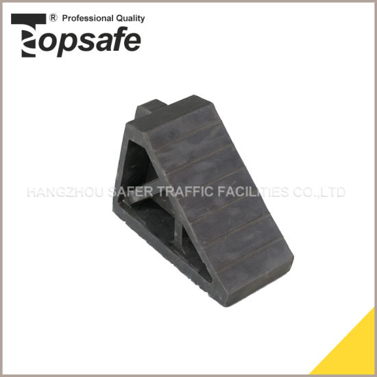 Rubber Material Truck Wheel Chock with Handle (S-1522) pictures & photos