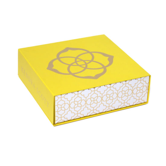 Custom Paper Packaging Box Printing Large Size Magnetic Closure Gift Box