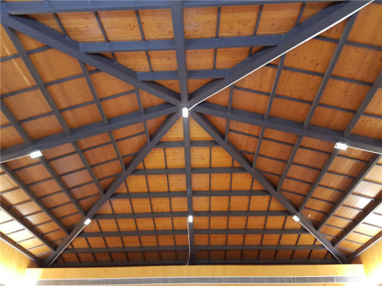 China Rectangular Tube Steel Structure Frame Roof Truss