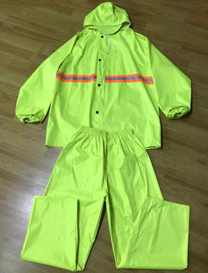 Waterproof PVC Polyester Raincoat Wholesale in Guangzhou