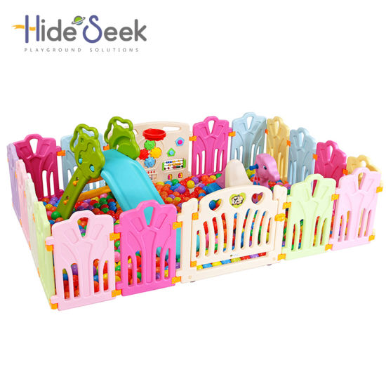 Hot Selling Plastic Indoor Baby Safety Fence at Home (HBS17071A)