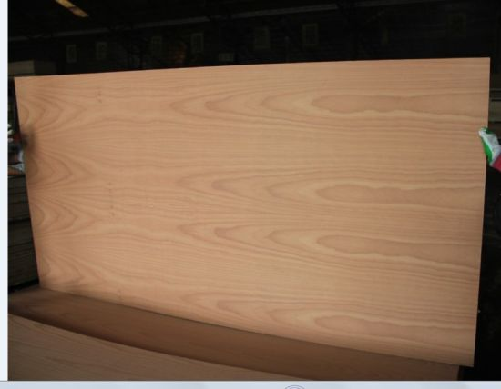 Factory-Natural Red Beech Plywood for Decoration Use 2.0mm and 5mm pictures & photos
