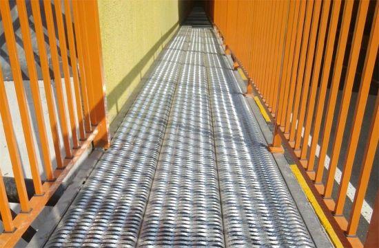 Tec-Sieve Grip Strut Grating Safety Stair Treads/Walkway/Catwalk