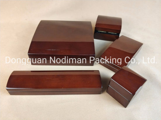 Luxury Wooden Jewelry Box/ Watch Box pictures & photos