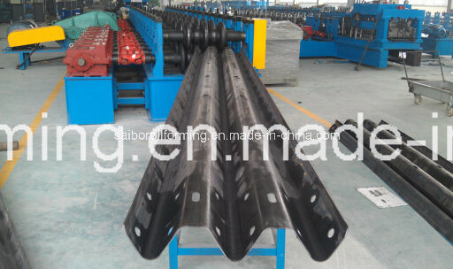 Guard Rail Fencing Three Waves Roll Forming Machine pictures & photos