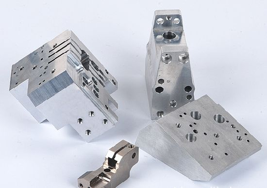 Custom Precision CNC Machining, CNC Machined Parts, CNC Machining Parts pictures & photos